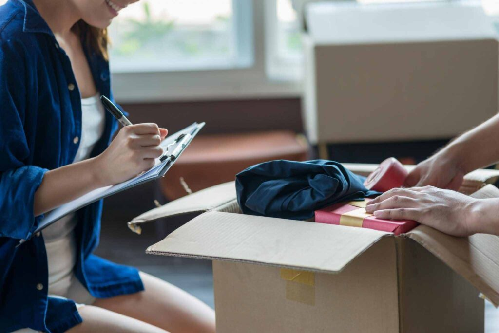 7 Simple Ways to Stay Organized in a Move